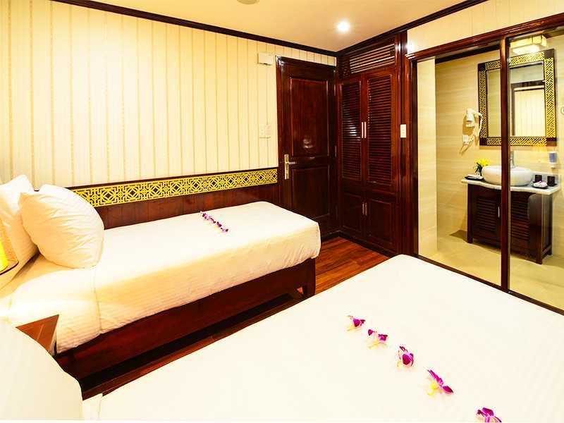 Deluxe Triple Sea View - 3 Pax/ Cabin (Location: 1st Deck - Sea View)