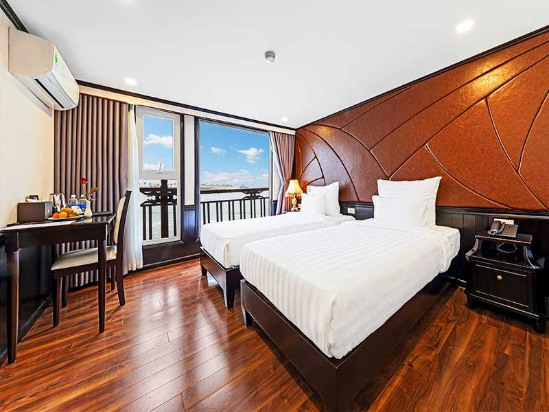 Deluxe Ocean View - 2 Pax/ Cabin (Location: 1st Deck - Ocean View)